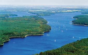 Mazury - jezioro Jeziorak
