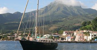 Sputnikiem dookoła Ziemi – to już rok na Karaibach!